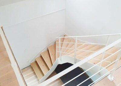 Indendørs ståltrappe i Vejle